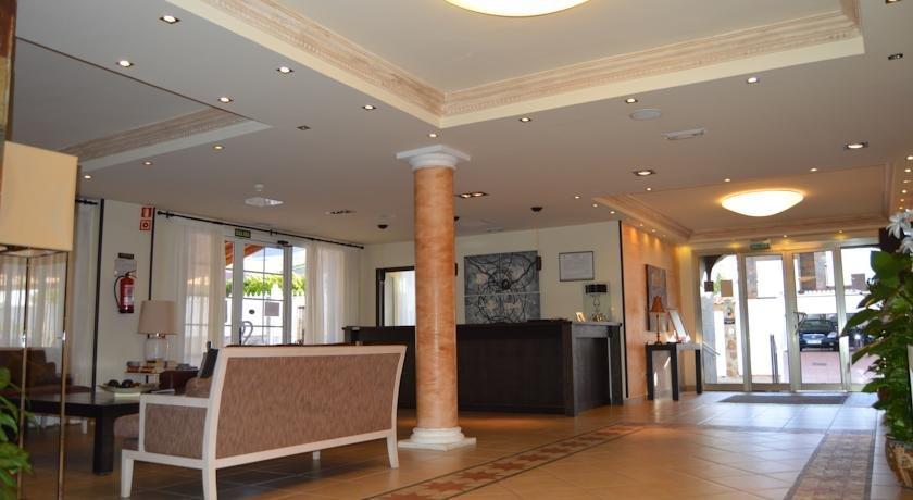 Hotel Aldea Suites - hotel receptie