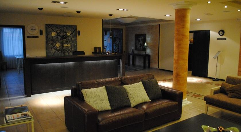 Hotel Aldea Suites - hotel lobby