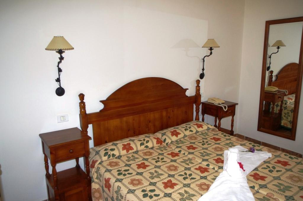 Appartement Playa de los Roques - slaapkamer
