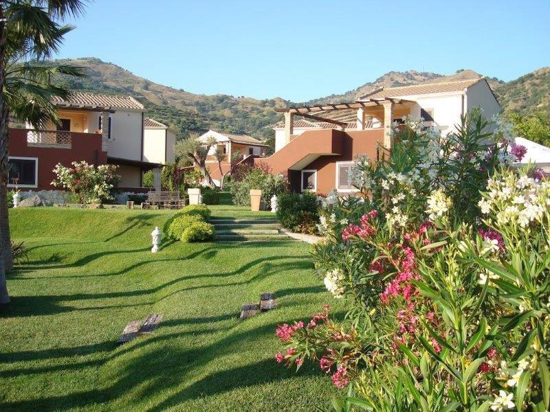 Hotel Alcantara Resort - tuin