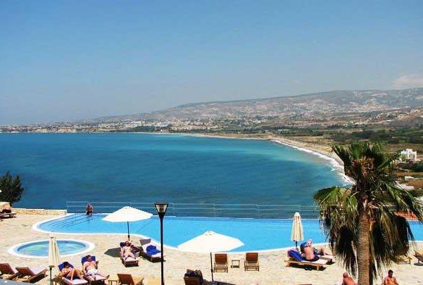 Appartement Sunset Bay - zwembad en het uitzicht