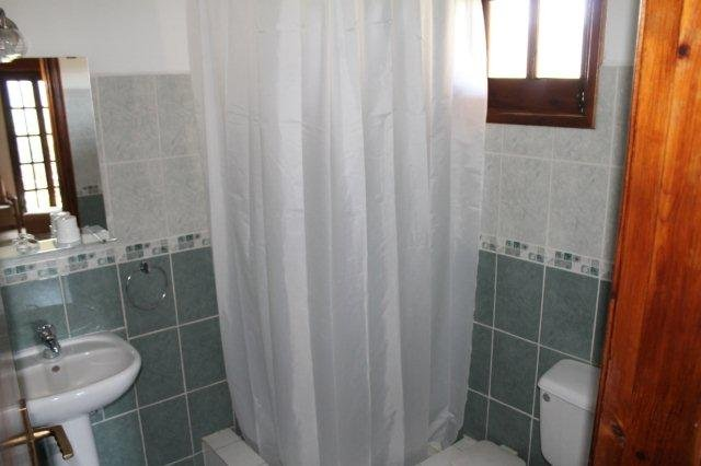 Hotel Vasilias Nikoklis Inn - badkamer