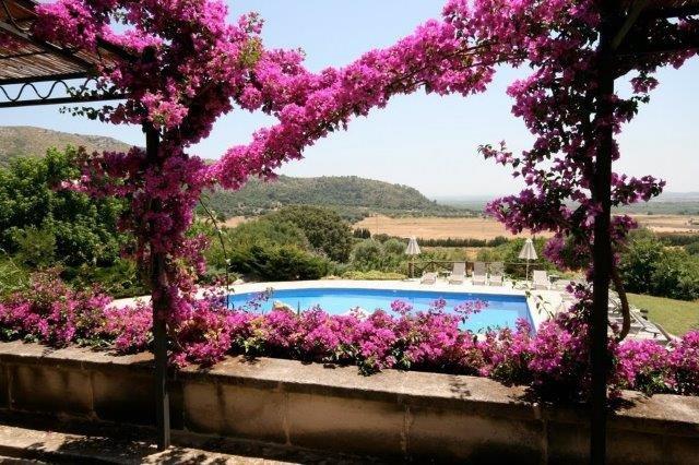 Hotel Rural Siurana - tuin en zwembad