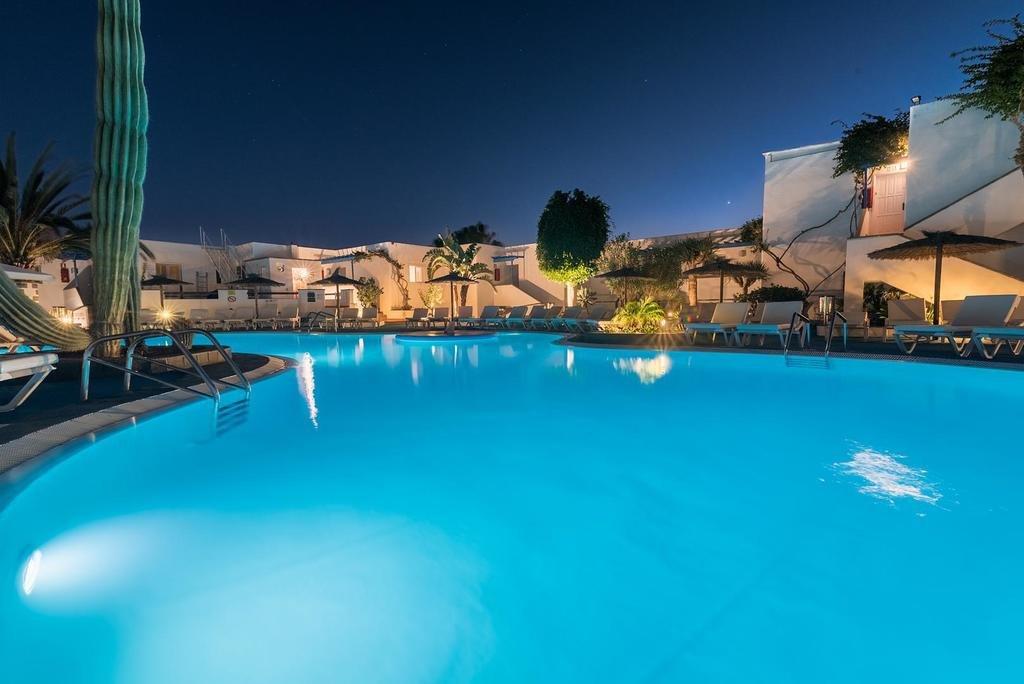 Appartementen Tropical - zwembad