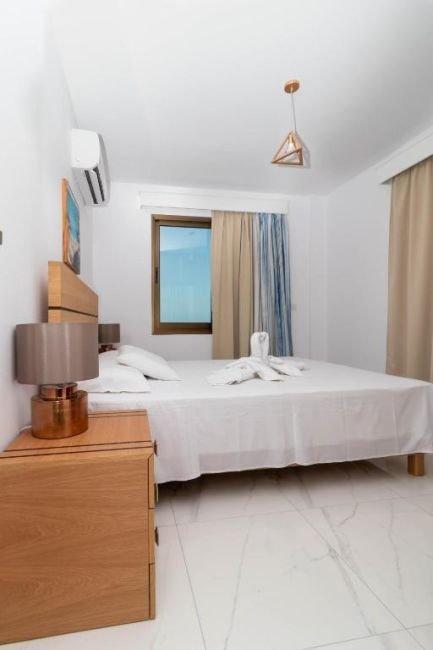 Appartementen Rododafni - slaapkamer