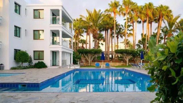 Appartementen Rododafni - zwembad